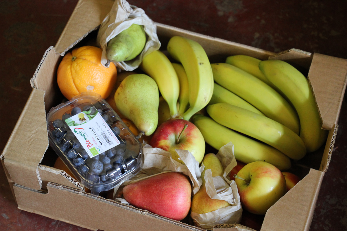 Organic fruit boxes